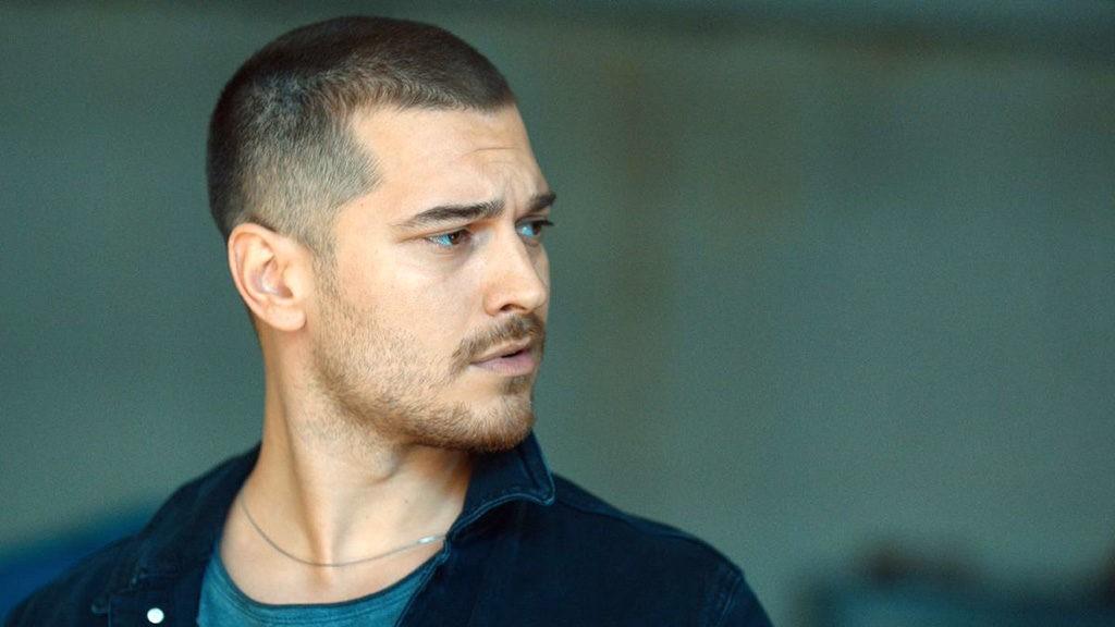Cagatay Ulusoy va juca in serialul turcesc Barbaros